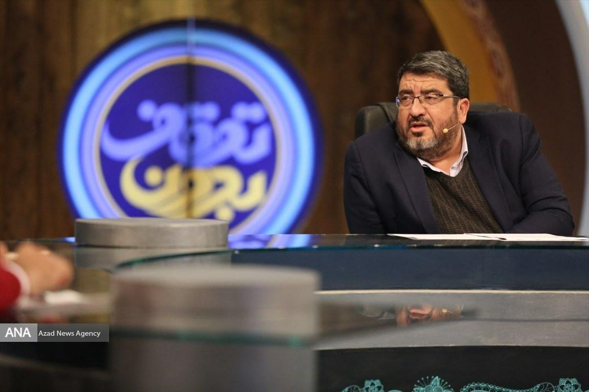 آمریکا دیگر برند نیست، ایران باید از فرصت افول آمریکا برای حضور و نفوذ خود استفاده کند