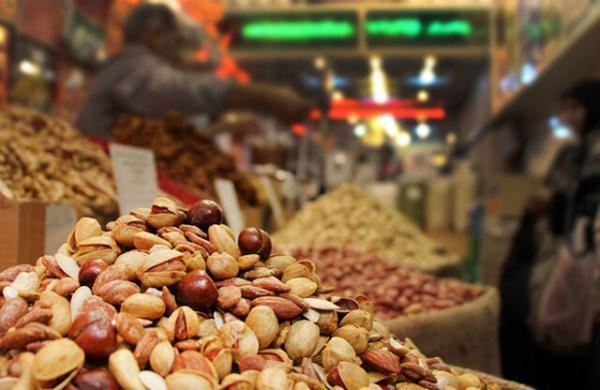 افت 70 درصدی فروش آجیل و شیرینی عید